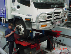 truck servicing, wheel alignments for trucks, bus servicing